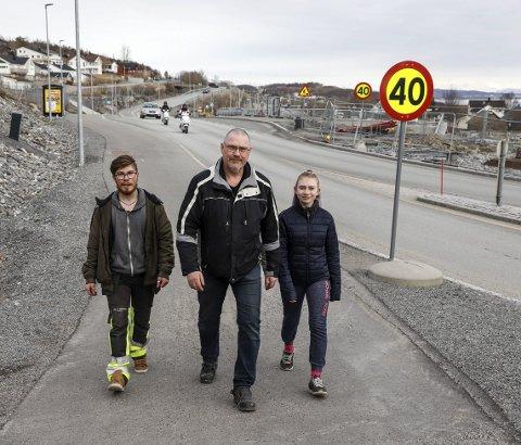 Syklet: Veien der Amalie lærte å sykle er i dag asfaltert gang- og sykkelvei.