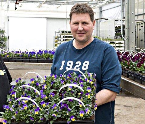 Gjør penger på blomster: Magne Andersen (49) tjente mest i Råde i fjor. Han driver Rådes femte største bedrift – Andersen gartneri AS.