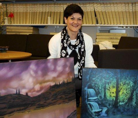 LYSET: Monica Haugerud Gjefsen finner inspirasjon i nære omgivelser. - Lyset er viktig, og det prøver jeg å fange i bildene mine, sier hun.
