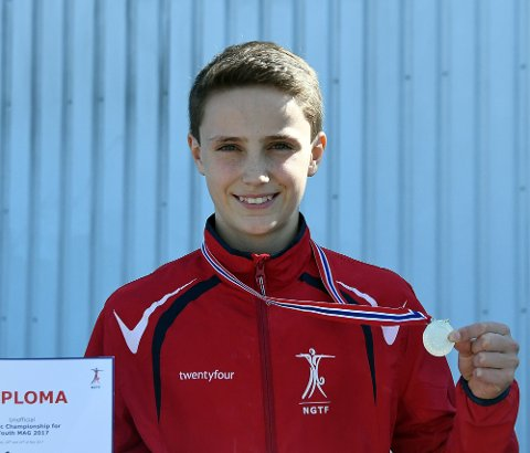 SØLVGUTT: Magnus Nygaard-Damm fikk blant annet med seg en sølvmedalje fra Nordisk Mesterskap i helgen.