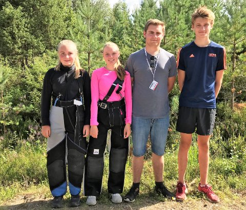 Tuva Bakke, Madelen Solberg Nyborg, Lars Kristian Skredderstuen og Hans Kristian Dokken skjøt for Opland i samlagskytingen.