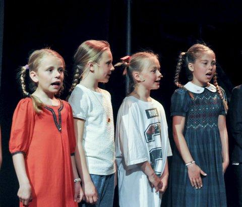 «tenke sjæl»: Forestillingen «Historiene på loftet» er spekket med norsk musikk. Blant annet fremføres Trond-Viggo Torgersens «Tenke sjæl».