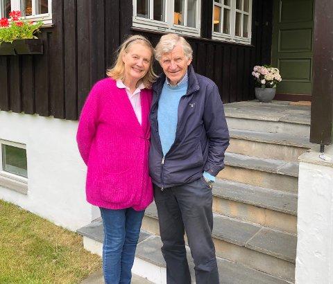 FLYTTER FRA ØYA: Ekteparet Berit og Gunnar Luthen har flyttet fra villaen på Teie til en leilighet i Oslo.