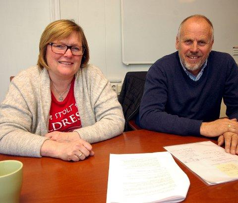 """Fornøyde: Inger Torun Klosbøle og Eivind Brenna er glad for at mobiliseringen lokalt for å """"verne Stølsvidda mot vern"""" har ført fram."""