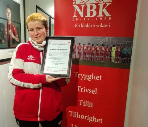 TAKKNEMLEG: Evy Renate Fyllingen seier ho vart rørt då ho fekk NBK sin verdipris.
