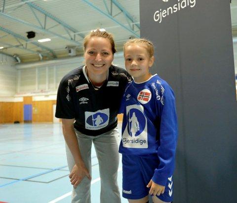 Landslagsmålvakt Silje M. Solberg møtte J09 på LFH09 i Jorekstadhallen