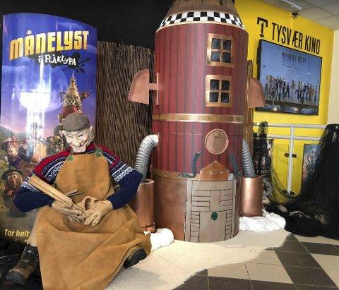 FLÅKLYPA: Filmpremiere bl.a. i Tysvær som har laget en egen stand.