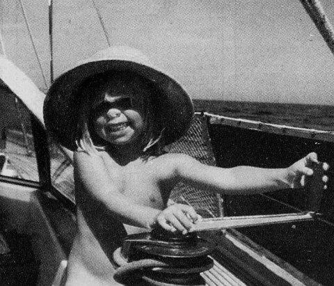 I 1994 var Marthe Bentzon Skei to år gammel da hun var med foreldrene på seiltur i Karibia. Nå har hun kjøpt foreldrenes båt og skal legge ut på samme reise.