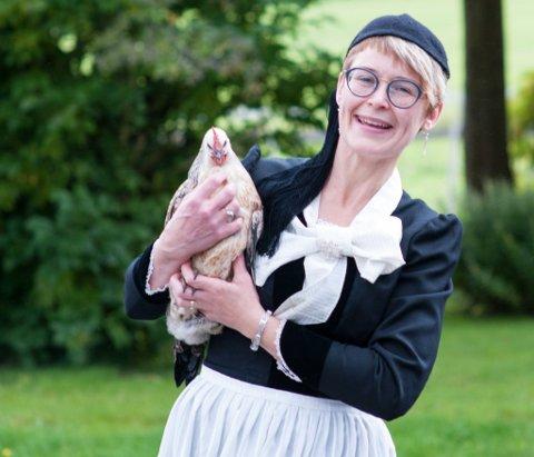 TAR VARE PÅ TRADISJONENE: Fra gården Bonhaug på Namdalseid formidler Gudny Olafsdottir Sverkmo islandske mattradisjoner. Nå har hun laget bedrift av familiearven.