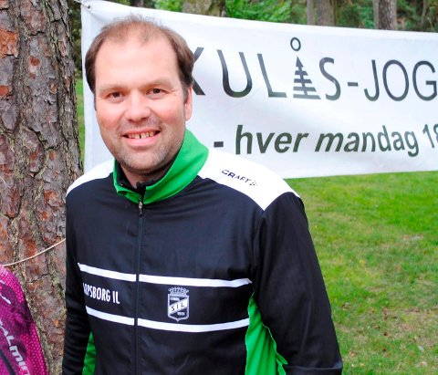 GLAD: Henrik Biørnstad i Sarpsborg IL er veldig glad over at det blir ny multihall på Opstad.