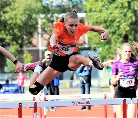 SEKS MEDALJER: Nina Ness Bolme har trent bra og holdt motivasjonen oppe i koronatiden. Det ble hele seks medaljer på henne i Lerøy-lekene.