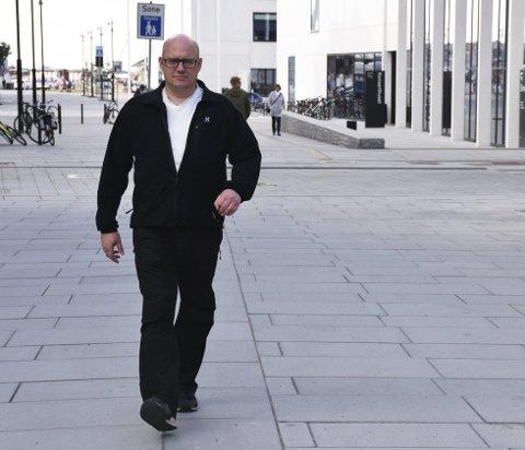 Rett medisin: Jan Ivar Nilsen (47) fra Bodø har hatt MS i mange år. De siste 13 årene har han brukt en medisin som har ført til at sykdommen har stoppet opp hos ham, og det helt uten bivirkninger. Foto: Aleksander Ramberg