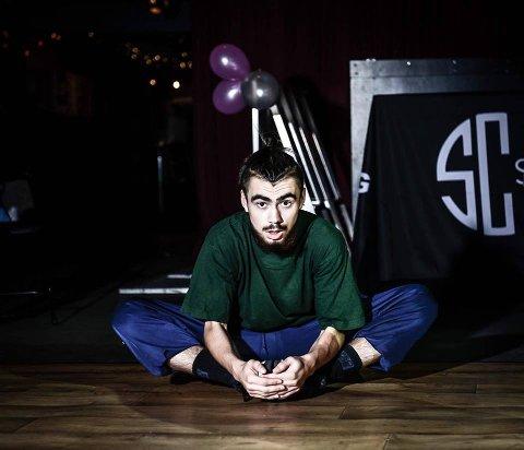 EM-GULL: Balder Hansen (17) har vunnet EM-gull i hip hop to år på rad. FOTO: PRIVAT