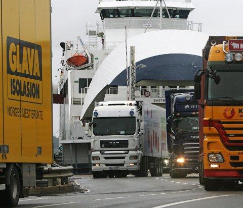 Storregionen Viken: – Uten lastebilen stopper Norge, konstaterer samferdselsministeren som minner om nye muligheter når storkommunen realiseres.