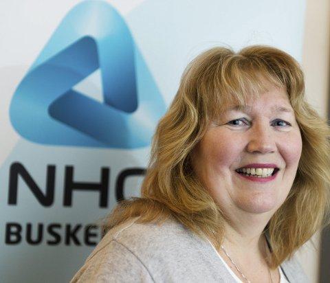 Regiondirektør i NHO Buskerud, Grete Karin Berg, er glad på ringeriksdistriktets vegne etter at regjeringens budsjettavtale lover å fjerne maskinskatten.