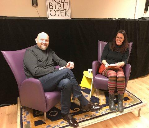 Nils Wærstad ble intervjuet av Siri Berrefjord, prosjektleder for #leslikogdel og ansatt på Hole bibliotek.