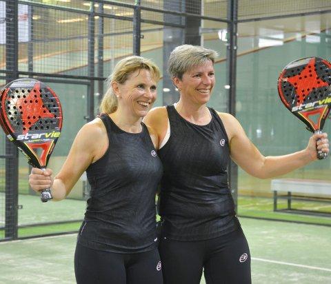 Vant: Anita Westgaard (t.v.) og Hege Helle vant og var selvsagt fornøyde.