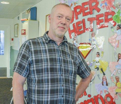 Ikke fornøyd: Rektor John Johansen ved Tvedestrand skole mener den nye rapporten om spesialundervisning i Tvedestrand fremstår som lite troverdig.