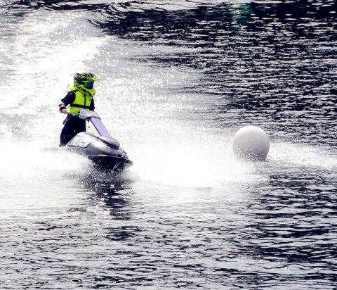 Vannskuter: økende bruk av motoriserte kjøretøy på vann kan være en aktuell problemstilling for Valdreskommunene i årene som kommer.