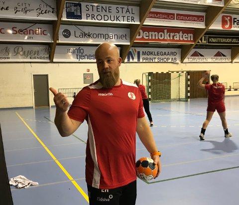 ENGASJERT: Eirik Haugdal ledet fredag ettermiddag sin første FBK-økt i Kongstenhallen.