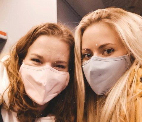 Madelaine Chaba (til venstre) er butikkleder på Lambertseter senter, mens Pernille Sandin er kreativ leder. – Det er litt frustrasjon om dagen, sier Sandin.