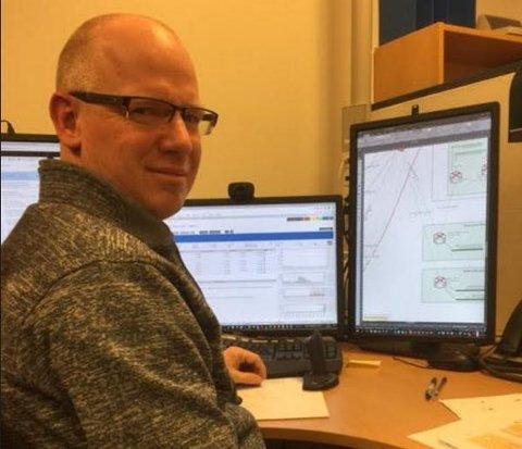 IT-konsulent Øyvind Bjørnerud er en av hovedpersonene som jobber med kommunens omfattende datanett.