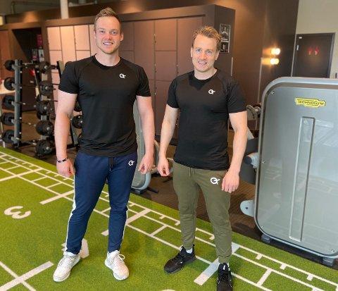 LANSERINGSKLARE: Ole marius Hoff Braarud (28) fra Sandefjord og Thomas Løvnæseth (31) fra Horten er klare til å selge det egendesignede merket OT.