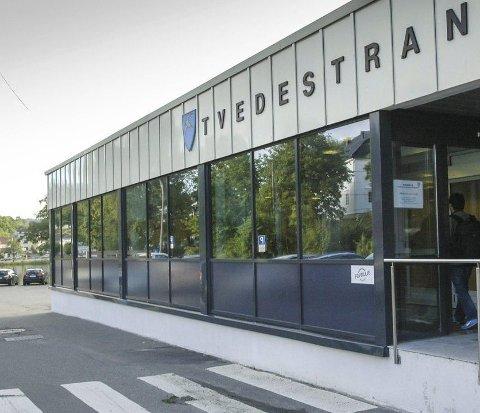 Ulike oppgaver: Tvedestrand kommune ansetter nå en ny person som blir sentralt plassert i dette bygget. Arkivfoto