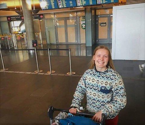 Smil: Erika Hoffmann smilte, sjøl etter 48 timer på reisefot fra familien i USA til familien heime i Rogne.