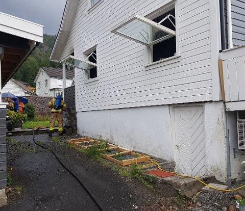 SLUKKET: Brannen er slukket etter at brannvesenet raskt var på plass.