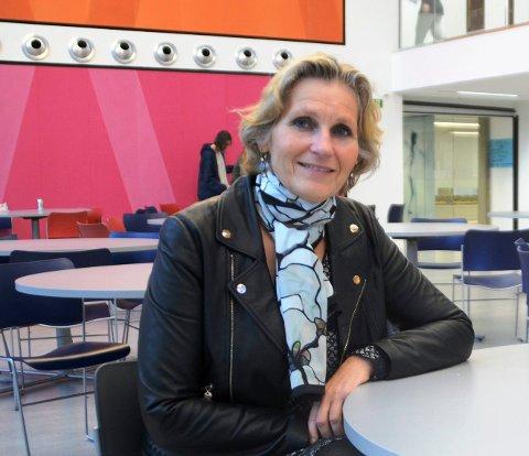 Rektor Kristine Novak  ved Drammen videregående skole. Bildet er tatt i 2017.