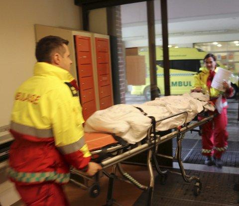 SKADET: Fornærmede ble brakt til sykehus etter voldsepisoden med alvorlige skader. Illustrasjonsfoto: Jarl G. Sandholm
