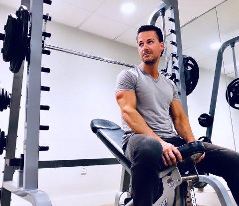 SKAL TRENE FINNMARKINGER: Cornelis Elander er andre trener ut i vårt prosjekt #ifinform. Til daglig trener han kjendiser i Hollywood. Nå skal han lage treningsprogram for deg.