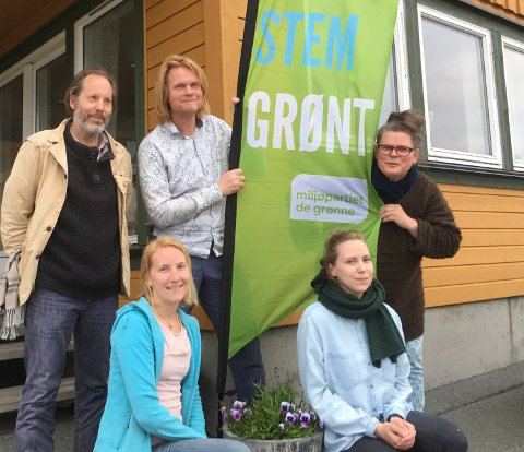 Nytt styre i MDG Vestvågøy:  Espen Sandsund Seierstad (leder), Ragnhild Lie (sekretær), Hege Sandvik (kasserer), Tora Arctander (styremedlem) og Reidar Jelstrup Egeland (styremedlem og ordførerkandidat).