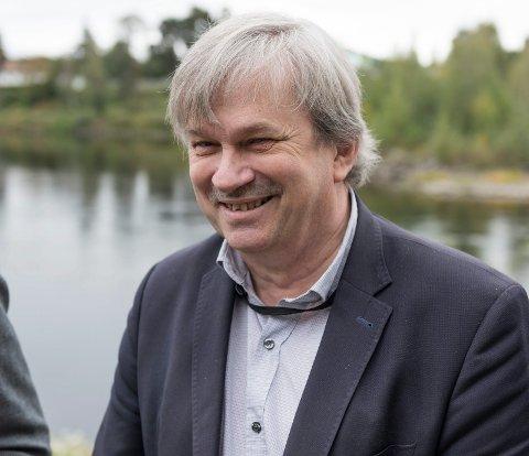 UTEN FILTER: Avtroppende ordfører i Ringerike, Kjell B. Hansen (Ap), skal snakke om Ringerikes framtid - uten filter.