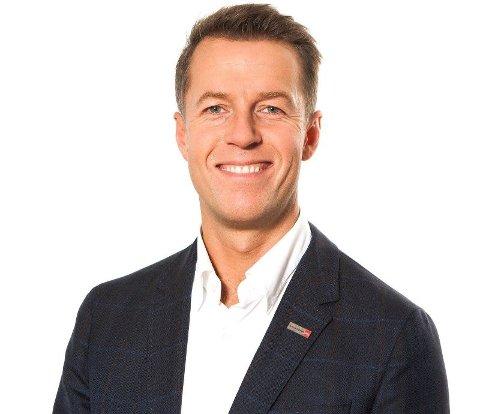 LOVER BEDRING: Informasjonsdirektør Lasse Sandaker-Nielsen i Norwegian lover at de vil endre praksisen for overvekt fremover. Foto: (Norwegian)