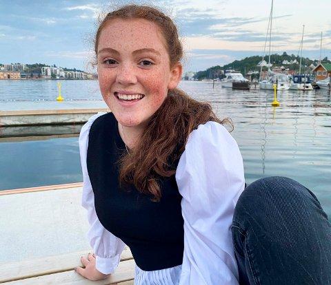 DANSEGLAD: Anna Josefine Melsom (17) bruker store deler av fritiden sin til å danse.