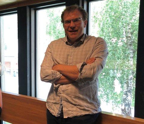 NYTILSETT: Knut Hauge er ny rektor på Luster ungdomsskule. Han kjem frå stillinga som inspektør på Kvåle skule i Sogndal.