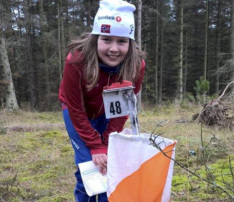 Ut på tur: I år blir det mange poster inn i skogen da det blir felles tur-o. Hedda W. Pettersen er ung, men har allerede vært med på turorientering i mer en 5 år. Foto: BOS
