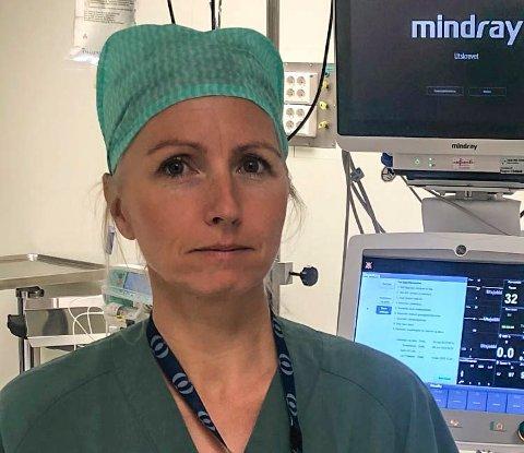 – VELDIG KJEDELIG: Anestesisykepleier Cathrine Tolpinrud synes ikke det er greit at Vestre Viken HF ikke vil anerkjenne  masterutdanningen i form av penger.