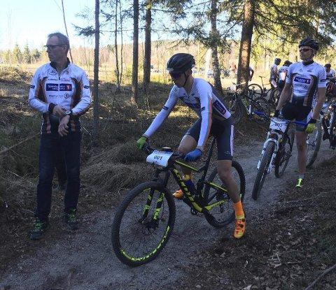 Åpnet: Solør Cykleklubb har hatt utallige dugnader på Myrmoen, og torsdag kveld kunne Per Ivar Antonsen sende de første syklistene ut på ei testrunde.