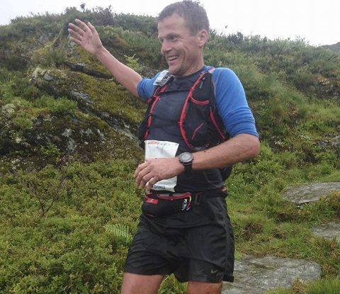 Løyperekord: Hallvard Schjølberg løp sammen med Sverre Slethaug inn til ny løyperekord under Hardinglaup – Fyksesundet Rundt.Arrangørfoto