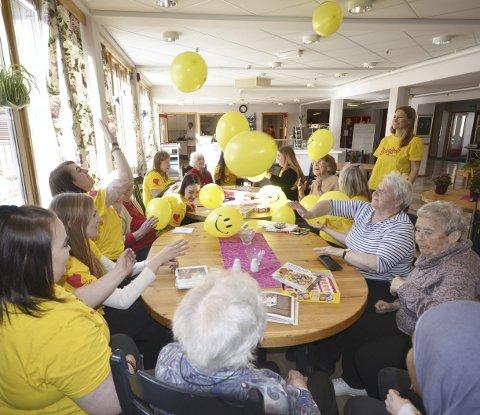Lek og moro: Aktivitet med ballonger
