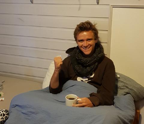 I SYKESENGEN: Etter å ha kommet hjem med stormestertittel i bagasjen gikk det rett til sengs for syke Benjamin Arvola Notkevich.