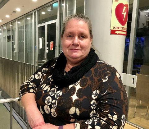 - MÅ BESKYTTE:  Leena Vuorinen, fungerende seksjonsleder sykehjem i Tromsø kommune, synes det er trist å måtte stramme til  sikkerheten rundt sykehjemmene i Tromsø.