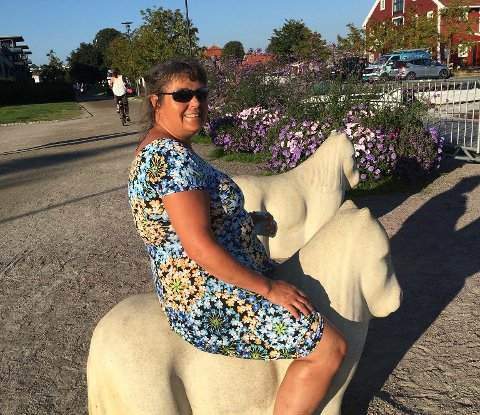 SKIKKELIG «HESTEJENTE»: Kady Bessberg har drevet med hest majoriteten av livet, og vet godt at det noen ganger går galt, som for eksempel forrige helg da sporten kostet henne seks ribbein og mange uker i ro.