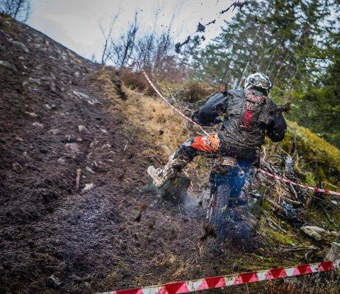KLAGER: Naturvernforbundet mener at Borg MC driver den nye enduroløypa i strid med reguleringsplanen, og vil klage klubben inn til Fylkesmannen. Bildet er fra norgescupløpet som ble arrangert 4. mars.