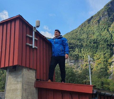 FUNGERER: – Måleutstyret er sjekka og det er ikkkje funne feil. No blir det spennande å sjå kva målingane til sommaren vil visa, seier hamnesjef Tor Mikkel Tokvam.