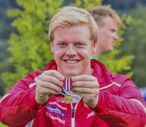 GULL I SLEGGE: Kjetil Røste Ringen kastet slegga 61,84 meter, og det holdt til gull i 22-åringens siste mesterskap som junior. Brandbu-gutten fikk også bronsemedalje i kule med resultatet 11,33 meter. Alle foto: Thore-Erik Thoresen