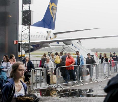 Ikke aktuelt?: FlyViking har ingen planer om å fly fra Rygge dersom flyplassen åpner neste år.